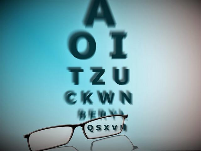 今の眼鏡で「よく見えない」と感じたら、度数をあげるのではなく、ライフスタイルにあったメガネ…